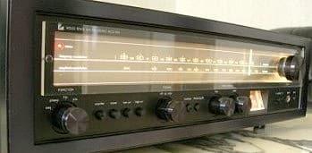 Luxman R 1030, schwarze Ausführung